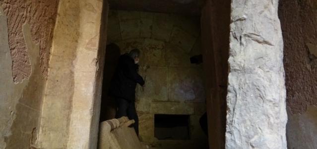 (Özel) 2500 yıllık mezar oda gizemini koruyor