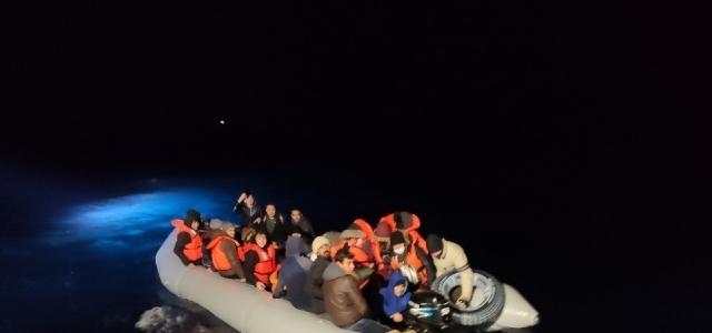 Ölüme itilen göçmenleri Türkiye kurtardı