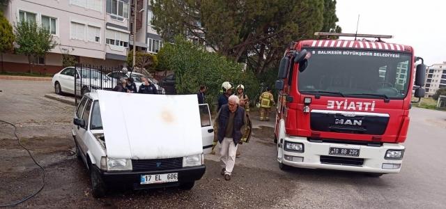 Edremit'te bir günde 2 araç yandı