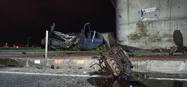 Keşan'da feci kaza: 1 ölü, 2 yaralı
