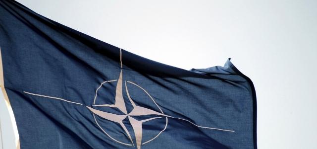 NATO, Afganistan'dan çekilmeye başladı