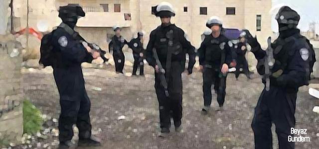 Terör devleti İsrail'e Mescid-i Aksa saldırısı için protesto