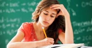 Sınavlara hazırlanan öğrenciler kaygıdan uzak durmalı