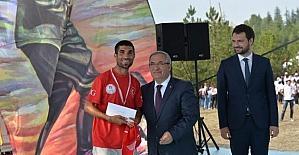 Vali Ahmet Hamdi Nayir: Milli ruha...