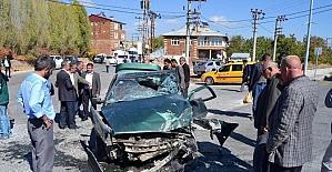 Ahlat'ta trafik kazası: 6 yaralı