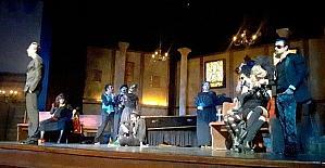 Alanya Belediye Tiyatrosu Adana'da