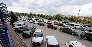 Anadolu Üniversitesi'nde otopark sorunu ortadan kalkıyor