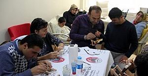 Çankırı Belediyesi Engelliler İçin Ahşap Boyama Kursu Açtı
