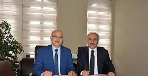 """Çorum Belediyesi ve Milli Eğitim Müdürlüğü Arasında """"15 Temmuz Milli İrade Projesi"""" Protokolü"""