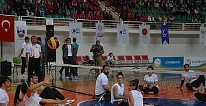 """Diyarbakır'da """"Aşmak için hareket et"""" kampanyasının startı verildi"""