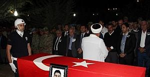 Diyarbakırlı şehit, Kürtçe ağıtlarla toprağa verildi