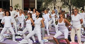 Edremit'te Yoga Festivali