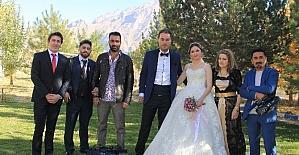 Gazeteci Sevmiş'in kızına görkemli düğün