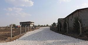 Haliliye Belediyesi kırsal mahallelerde yolları tamamlıyor