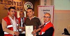 Kızılay, Sarıgöl'de 65 kişiye madalya dağıttı