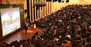 'Köklerden Geleceğe' konferansına büyük ilgi