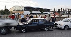 Malatya'da 3 araç birbirine girdi