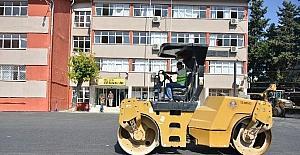 Mersin Büyükşehir Belediyesi'nden okullara asfalt desteği