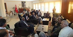 Romanlardan Başkan Atabaya ziyaret