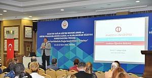 Sağlık Bakanlığı ve Anadolu Üniversitesi Uzaktan Eğitim Çalıştayı'nda bir araya geldi