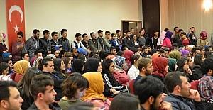 """""""15 Temmuz Sonrası ve İslam Coğrafyası"""" konferansı"""