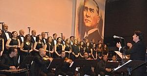 Akhisar Musiki Derneği'nden muhteşem konser