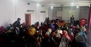 Akşehir'de aday öğretmenlere 15 Temmuz semineri
