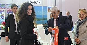Başkan Karaçanta, Kars'ı Travel Turkey İzmir Turizm Fuar'ında anlattı