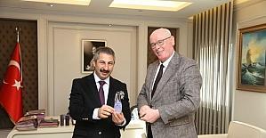 Başkan Kurt Eskişehir Emniyet Müdürü Engin Dinç'i ziyaret etti