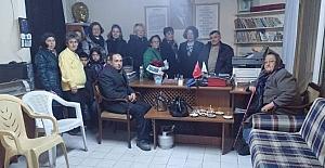 Burhaniye'de CHP'li kadınlar engellileri ziyaret etti