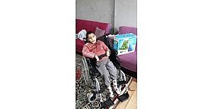 Büyükşehir'den engellilere tekerlekli sandalye ve yatak yardımı