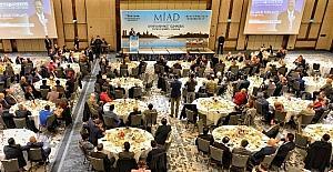 Çevre ve Şehircilik Bakanı Mehmet Özhaseki MİAD Toplantısında konuştu