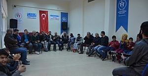 Engelli futbolcular gençlik merkezini ziyaret etti