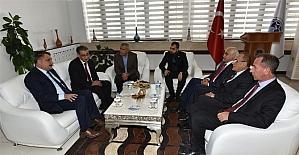 Eski Bakan Güçlü Gürkan'ı ziyaret etti