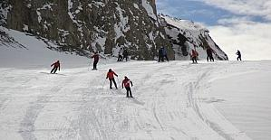 Hakkari kayak merkezi sezona merhaba dedi