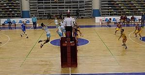 Haliliye Voleybol Takımı Peyasspor'u 3- 0 yendi