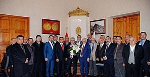 İstanbul'da yaşayan Karslı işadamları Kars'ta temaslarda bulundu