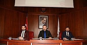İzmit Belediyesinde yılın son meclis toplantısı yapıldı