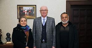Kazım Kurt, Ali İsmail Korkmaz'ın ailesini ağırladı