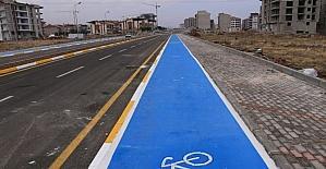 Merkezefendi'ye 7 bin 500 metre bisiklet yolu