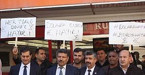 """Osmaniye'de """"Dolara hayır Türk Lirasına evet"""" yürüyüşü"""