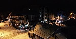 Patnos'ta kar yağışı hayatı olumsuz yönde etkiliyor