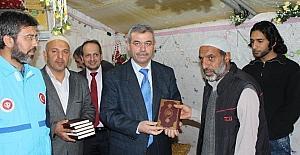 Suriyeli mültecilere 5 bin Kur'an'ı Kerim hediye edildi