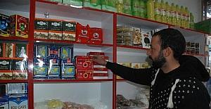 Tokat'ta Afgan bakkalı ve lokantası açıldı