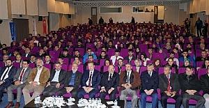 """Trabzon'da """"15 Temmuz ve Yeniden Diriliş"""" konferansı gerçekleştirildi"""