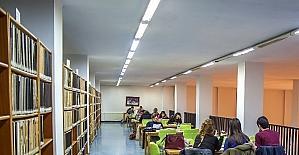 Üniversite kütüphanesine büyük ilgi