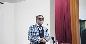 Ünlü Modacı Barbaros Şansal Toros Üniversitesi'nde