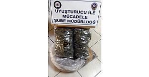 Uşak'ta 2 kilo 135 gram esrar yakalandı