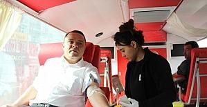 AK Parti il teşkilatından kan bağışı