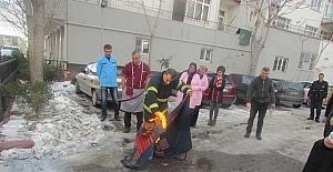 Aksaray itfaiyesinden yangına müdahale eğitimi